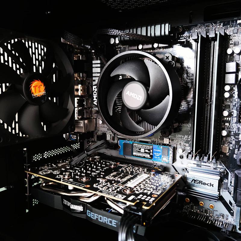 自作PC内部